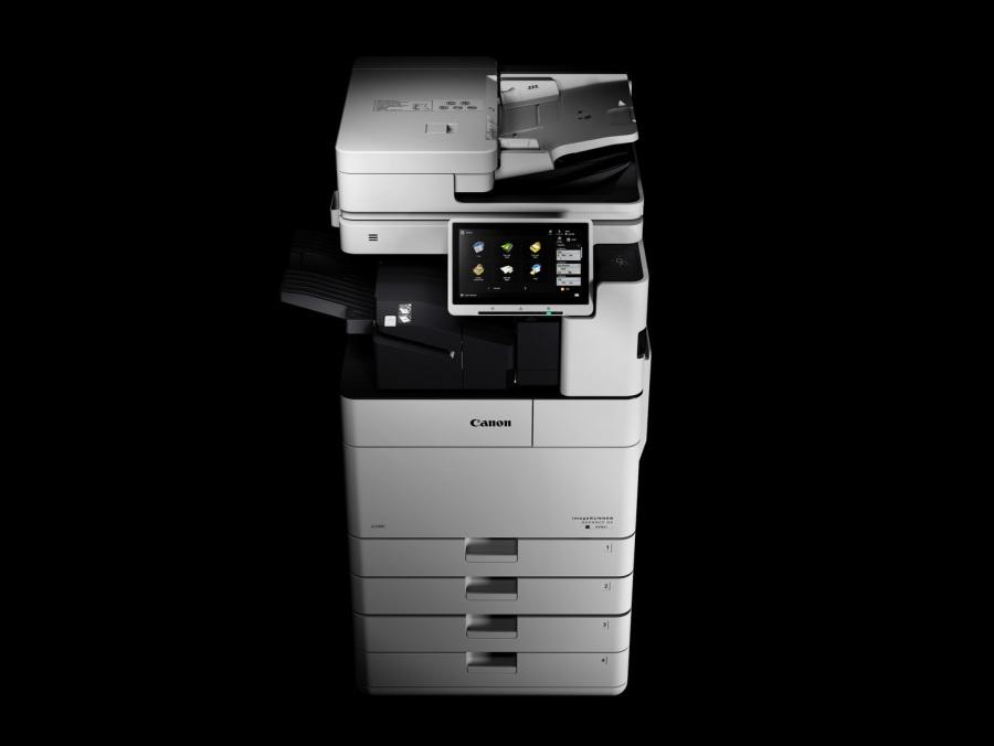 iR ADV DX 4700 mit internen Finisher